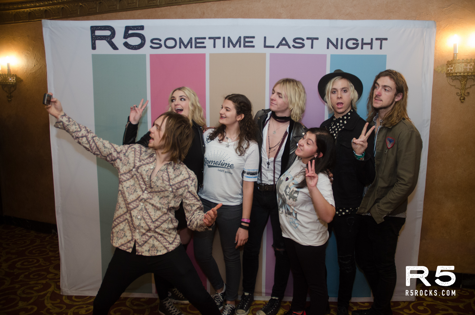 R5 live 22716 at the beacon theatre zo sez kristyandbryce Images